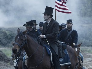 "Cena do filme 'Lincoln"" (Foto: Globo News)"