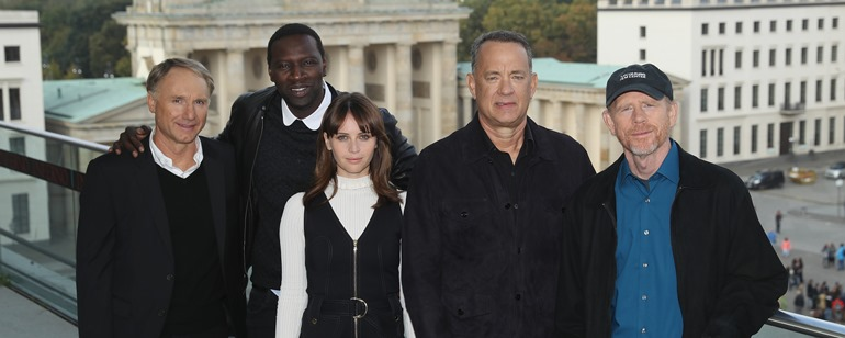 Dan Brown, Omar Sy, Felicity Jones, Tom Hanks, Ron Howard em Berlim, promovendo Inferno.