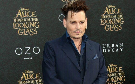 Johnny Depp interpreta Gerardo Grindelwald, o vilão da nova saga (Foto: Getty Images)